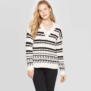 Universal Thread Chunky Knit Sweater
